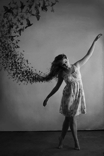 plešem sama